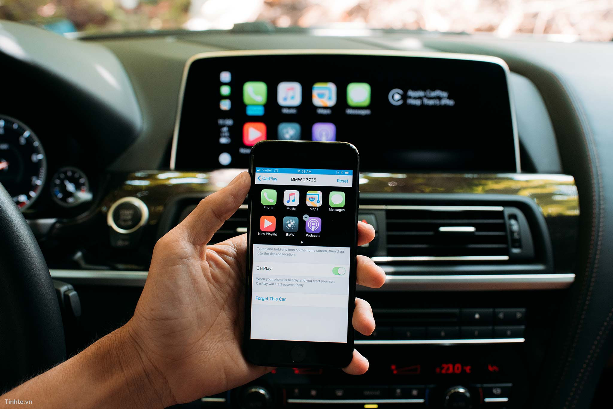 nang-cap-carplay-cho-xe-mercedes